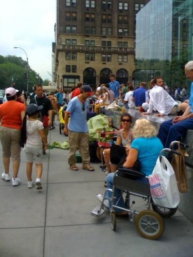 ¿Hasta en silla de ruedas?