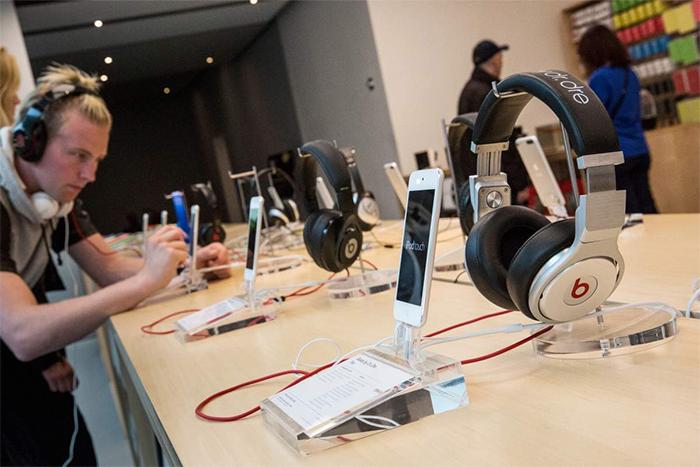 apple-store-audio