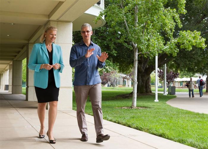 CEOs de IBM y Apple