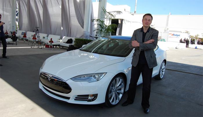 Eleon Musk, CEO Tesla