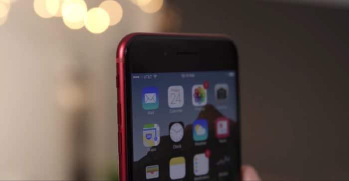 iPhone 7 (RED) black display