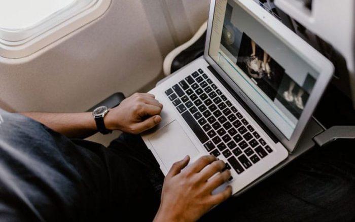 MacBook Pro 15 Prohibido
