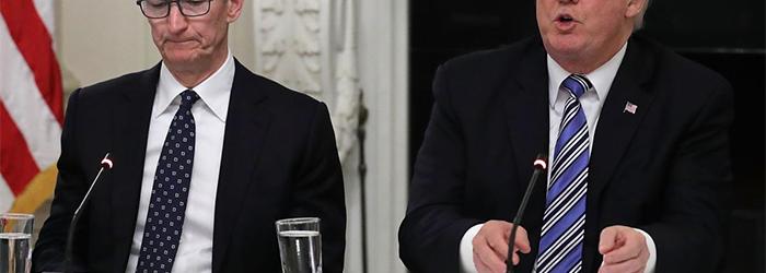 Tim Cook advierte a Trump que Samsung es el gran ganador en la guerra comercial