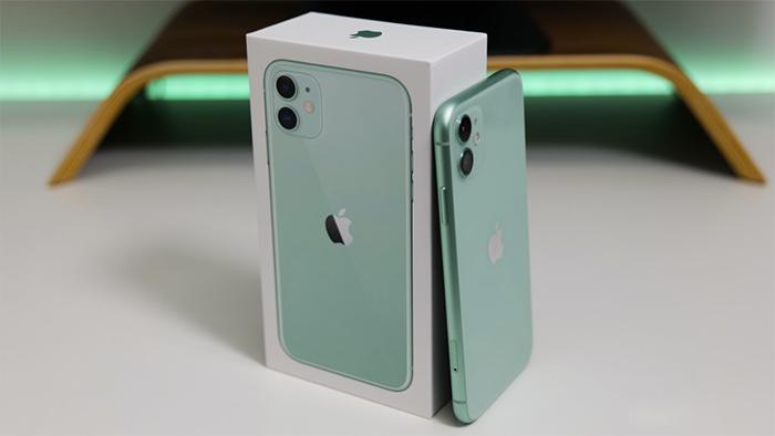 iPhone 11(once) en caja