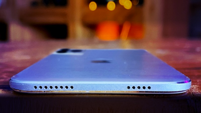 iPhone sin agujeros